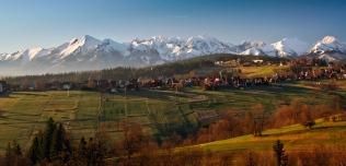 Widok na Bukowinę Tatrzańską i Tatry