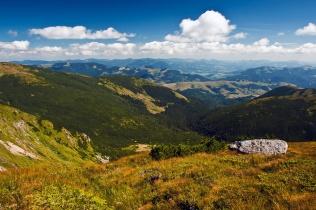 Grzbietem Czarnohory