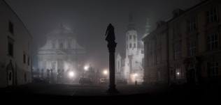 Mglisty wieczór w Krakowie